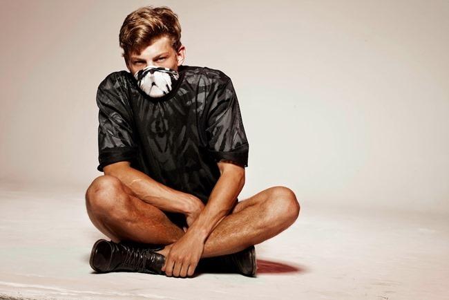 CAMPAIGN Sebastian Sauve for Stiaan Louw Menswear 2014 by Luke Kuisis. Barry de Klerk, www.imageamplified.com, Image Amplified (6)