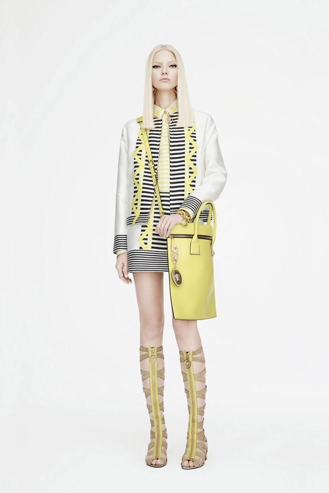 COLLECTION Sasha Luss for Versace Resort 2015. www.imageamplified.com, Image Amplified (19)