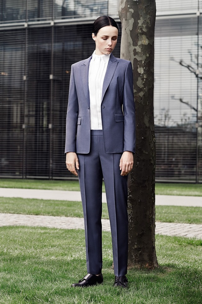 COLLECTION Edie Campbell for Hugo Boss Resort 2015. www.imageamplified.com, Image Amplified (2)