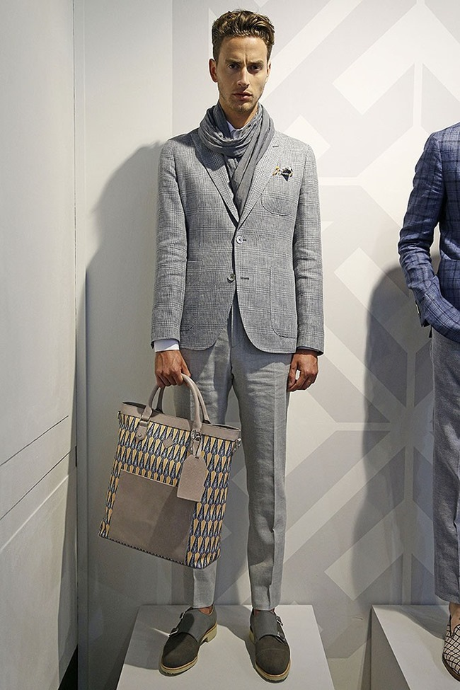 LONDON COLLECTIONS MEN Hardy Amies Spring 2015. www.imageamplified.com, Image Amplified (1)