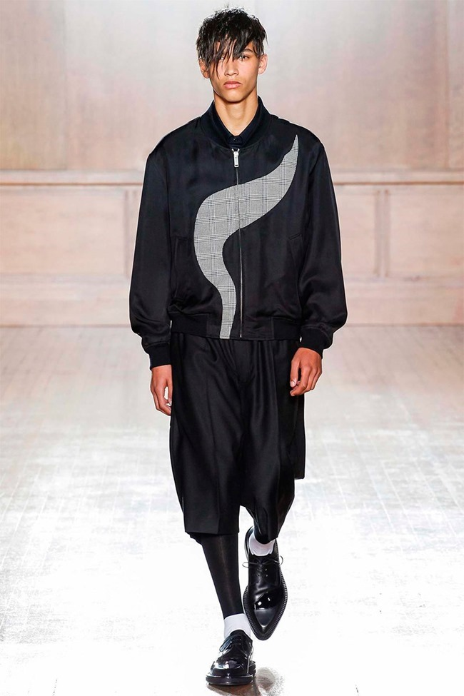 LONDON COLLECTIONS MEN Alexander McQueen Spring 2015. www.imageamplified.com, Image Amplified (1)