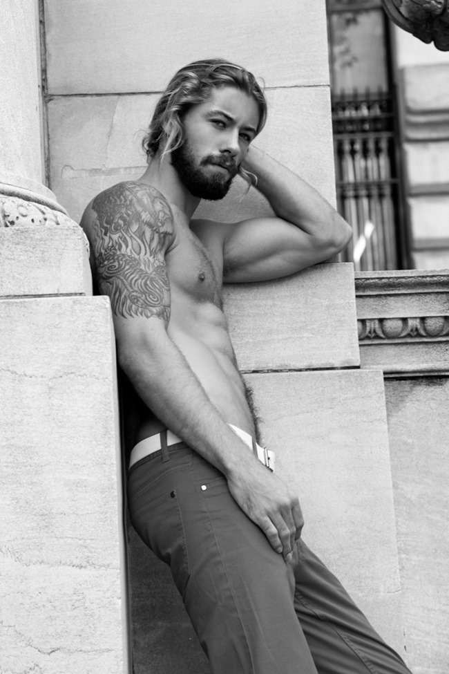 MASCULINE DOSAGE Austin Davis by Thomas Synnamon. Summer 2014, www.imageamplified.com, Image Amplified (8)