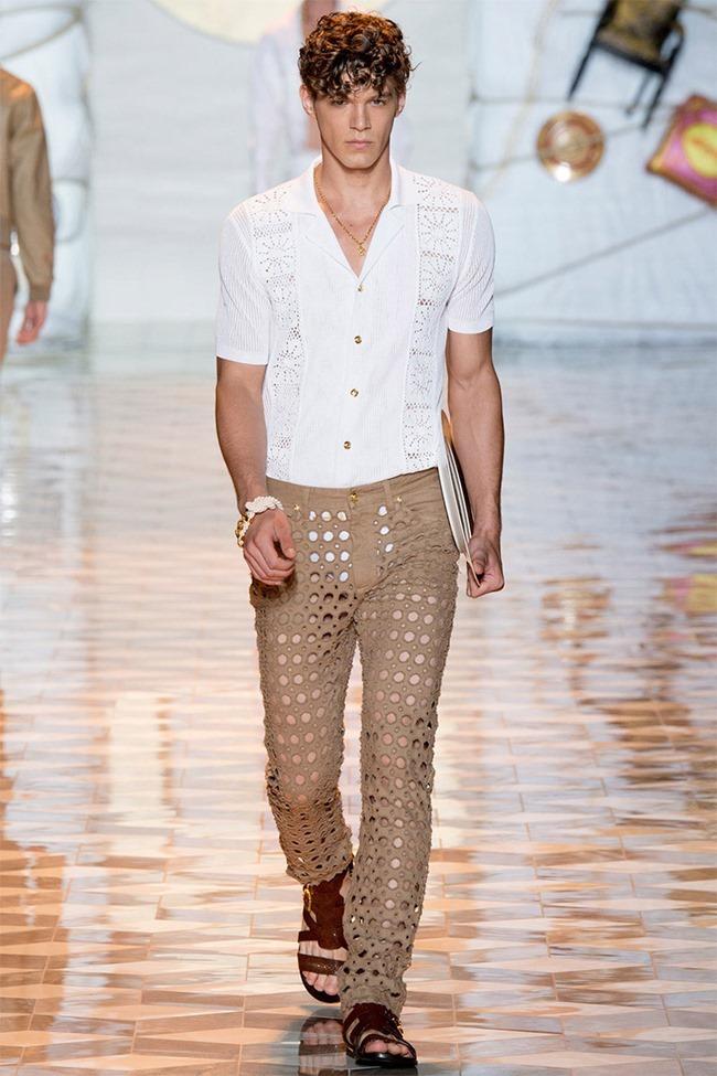 MILAN FASHION WEEK Versace Spring 2015. www.imageamplified.com, Image Amplified (12)
