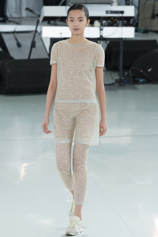 PARIS HAUTE COUTURE Chanel Spring 2014. www.imageamplified.com, Image Amplified (58)