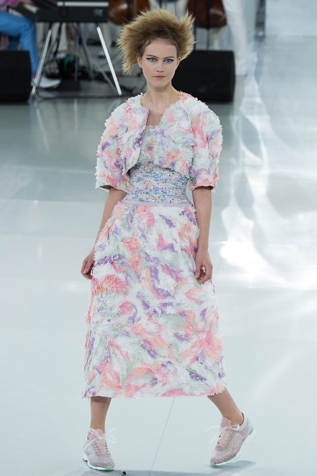 PARIS HAUTE COUTURE Chanel Spring 2014. www.imageamplified.com, Image Amplified (19)