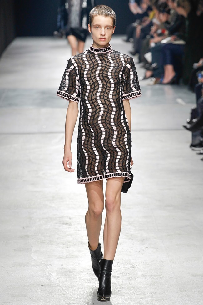LONDON FASHION WEEK Christopher Kane Fall 2014. www.imageamplified.com, Image Amplified (40)