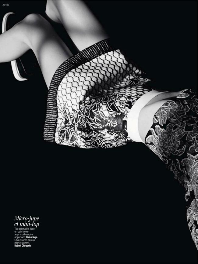 L'EXPRESS STYLES Jessica Stam & Ava Smith in Revue De Saison by Dusan Reljin. Mika Mizutani, February 2014, www.imageamplified.com, Image Amplified (23)