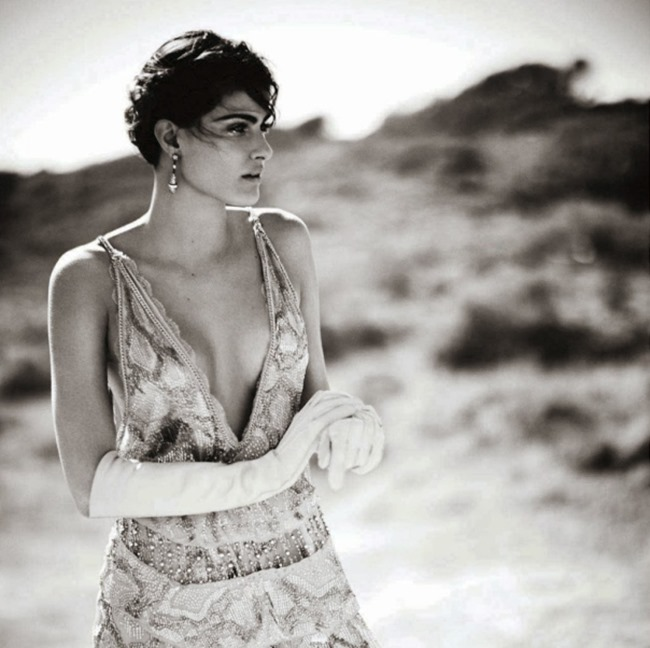 VOGUE CHINA Isabeli Fontana in Desert Song by Boo George. Beat Bollinger, April 2014, www.imageamplified.com, Image Amplified (13)