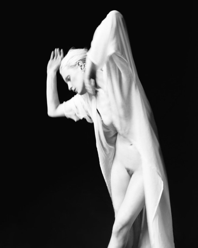 FAT MAGAZINE Guinevere van Seenus by Henrik Bulow. Alexandra Carl, Spring 2014, www.imageamplified.com, Image amplified (4)