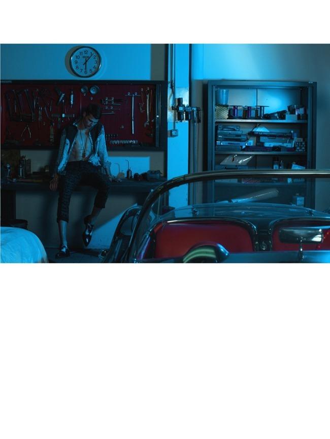 MEN'S UNO INTERNATIONAL Alexandre Cunha & Arran Sly in Dangerous Liaisons by Jumbo Tsui. Shuo Yuan Hasegawa, Spring 2014, www.imageamplified.com, Image Amplified (7)