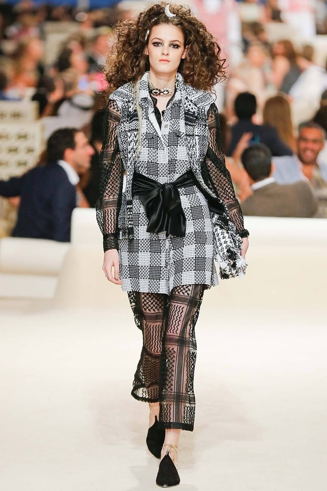 COLLECTION Chanel Cruise 2015 Dubai. www.imageamplified.com, Image Amplified (21)