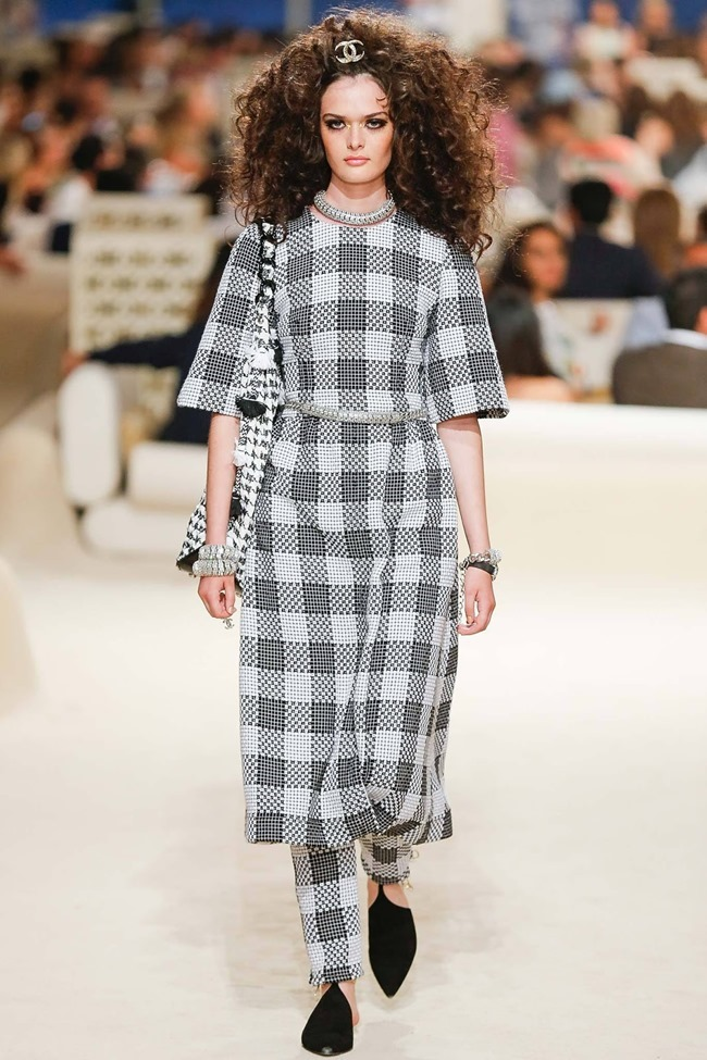 COLLECTION Chanel Cruise 2015 Dubai. www.imageamplified.com, Image Amplified (27)
