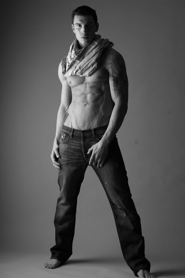 FEATURED MODEL Robert with AIM NYC by Michael Del Buono. Spring 2014, www.imageamplified.com, Image amplified (2)