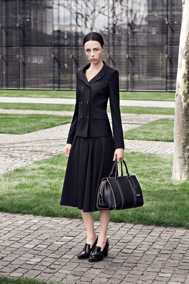 COLLECTION Edie Campbell for Hugo Boss Resort 2015. www.imageamplified.com, Image Amplified (9)