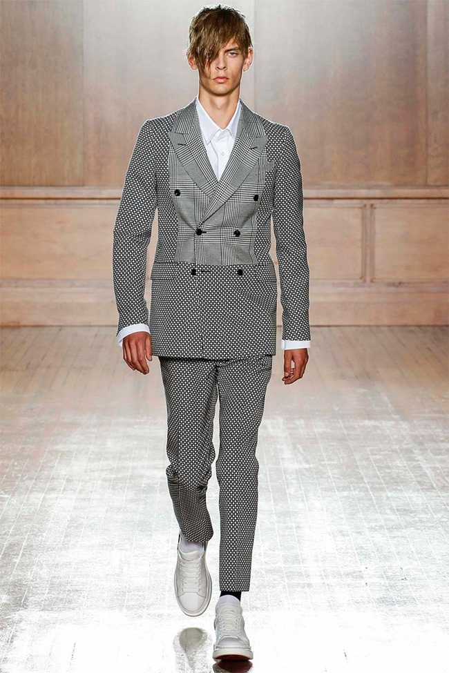 LONDON COLLECTIONS MEN Alexander McQueen Spring 2015. www.imageamplified.com, Image Amplified (28)