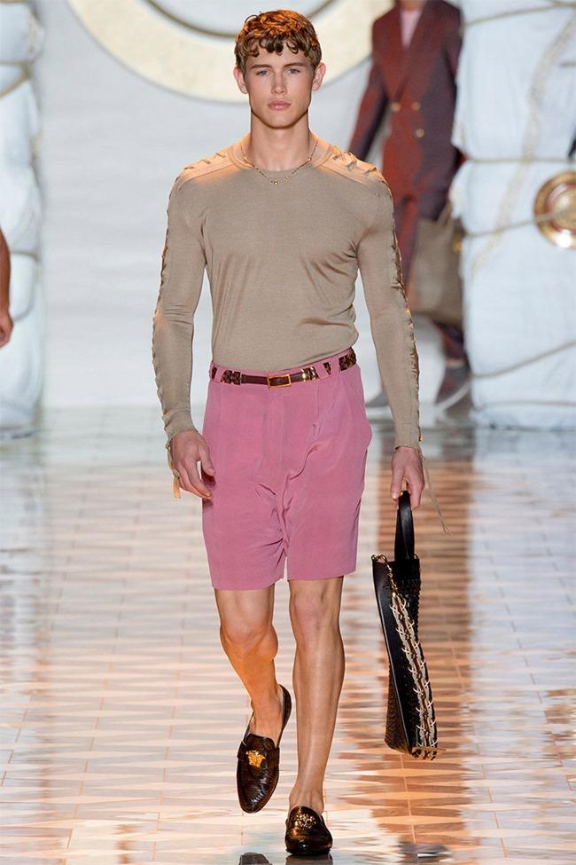 MILAN FASHION WEEK Versace Spring 2015. www.imageamplified.com, Image Amplified (4)