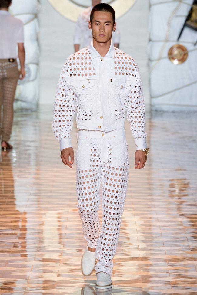 MILAN FASHION WEEK Versace Spring 2015. www.imageamplified.com, Image Amplified (14)