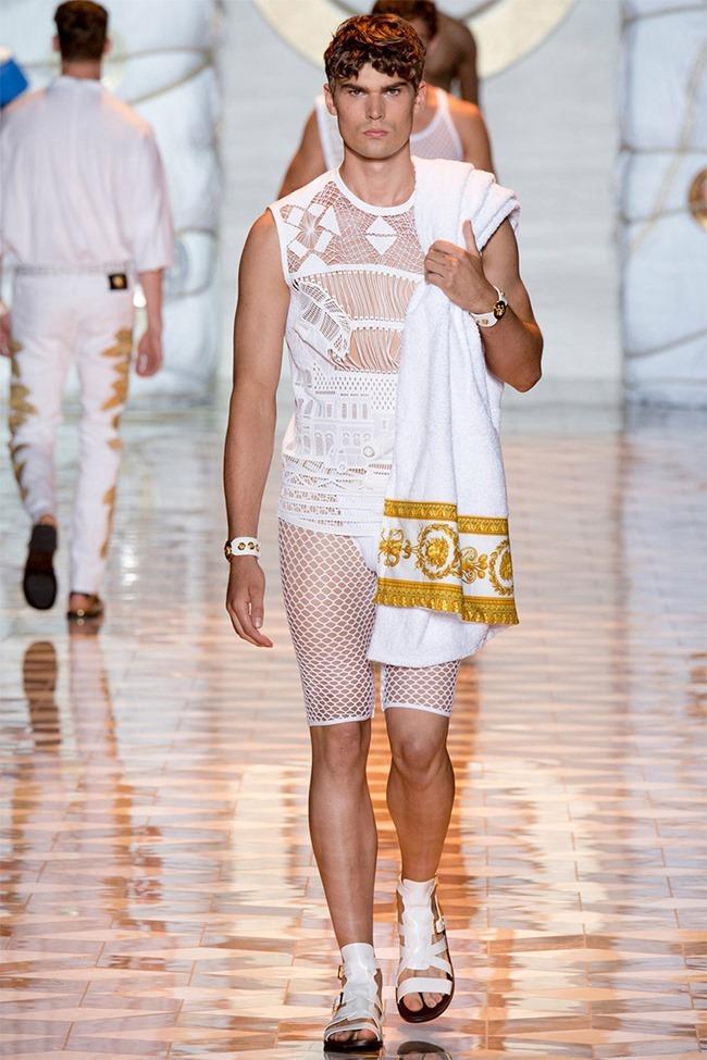 MILAN FASHION WEEK Versace Spring 2015. www.imageamplified.com, Image Amplified (19)