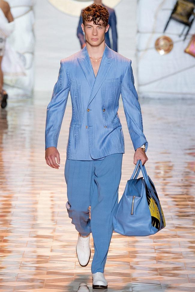 MILAN FASHION WEEK Versace Spring 2015. www.imageamplified.com, Image Amplified (27)