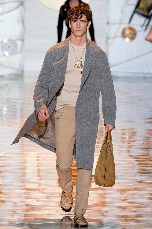 MILAN FASHION WEEK Versace Spring 2015. www.imageamplified.com, Image Amplified (35)