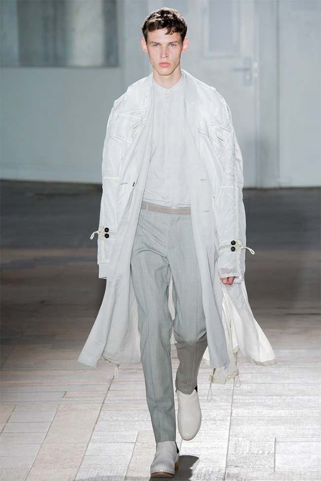PARIS FASHION WEEK Maison Martin Margiela Spring 2015. www.imageamplified.com, Image Amplified (1)