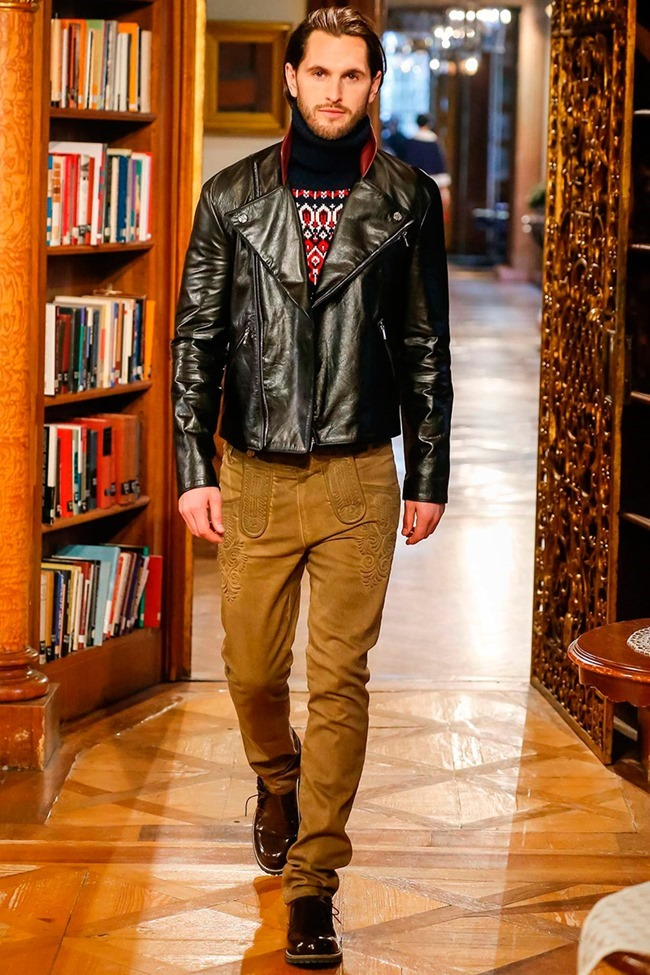 COLLECTION Chanel Metiers d'art Pre-Fall 2015. www.imageamplified.com, Image Amplified (7)