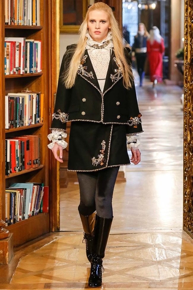 COLLECTION Chanel Pre-Fall 2015. www.imageamplified.com, Image Amplified (1)