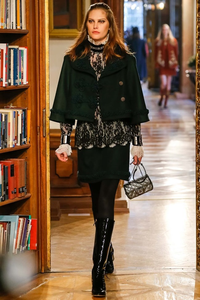 COLLECTION Chanel Pre-Fall 2015. www.imageamplified.com, Image Amplified (2)