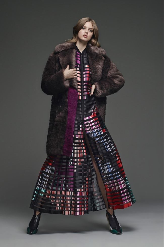 COLLECTION Lindsey Wixson for Fendi Pre-Fall 2015. www.imageamplified.com, Image Amplified (11)