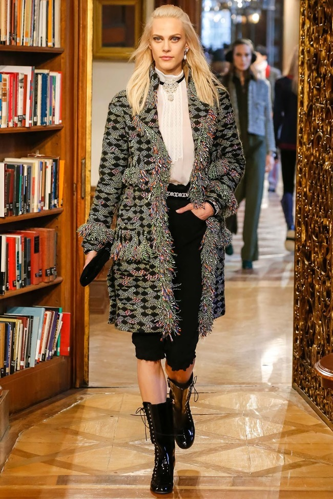COLLECTION Chanel Pre-Fall 2015. www.imageamplified.com, Image Amplified (16)