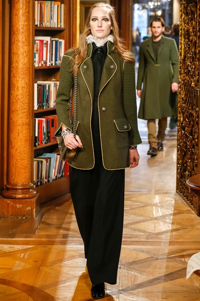 COLLECTION Chanel Pre-Fall 2015. www.imageamplified.com, Image Amplified (18)