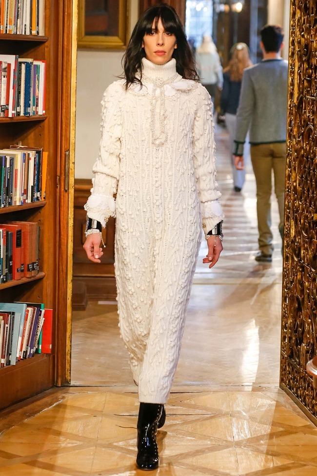 COLLECTION Chanel Pre-Fall 2015. www.imageamplified.com, Image Amplified (30)
