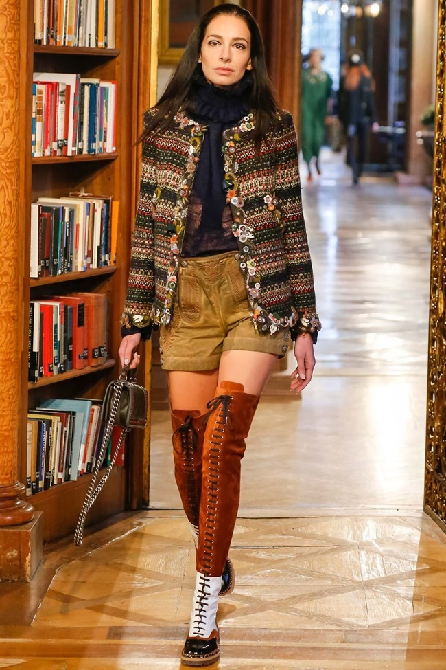 COLLECTION Chanel Pre-Fall 2015. www.imageamplified.com, Image Amplified (59)