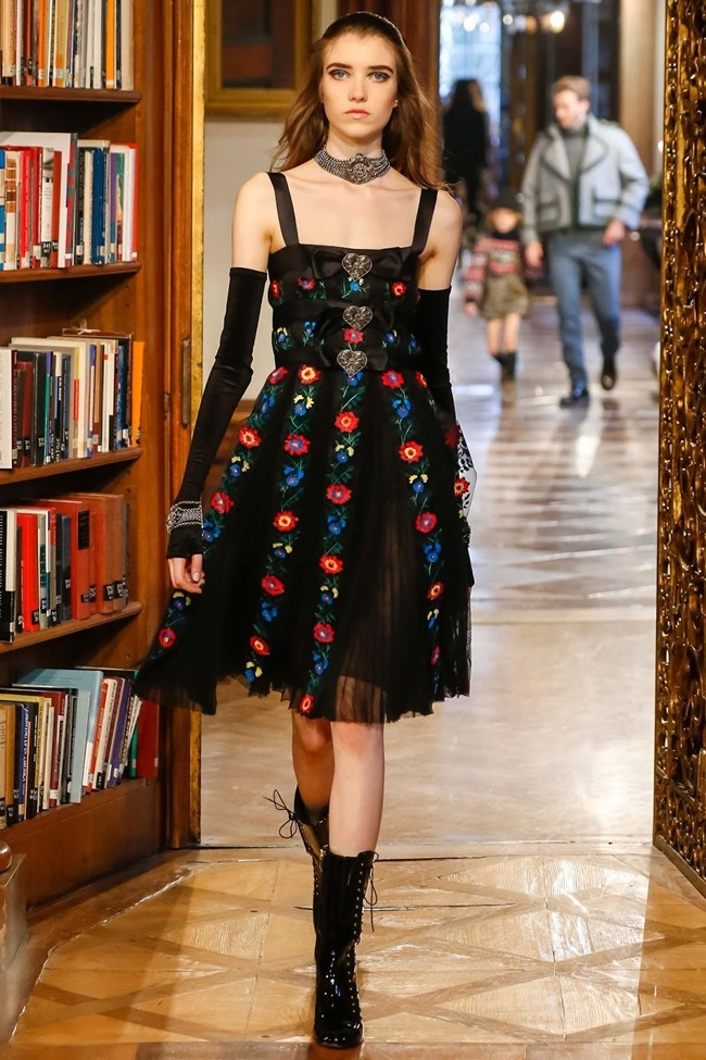 COLLECTION Chanel Pre-Fall 2015. www.imageamplified.com, Image Amplified (67)