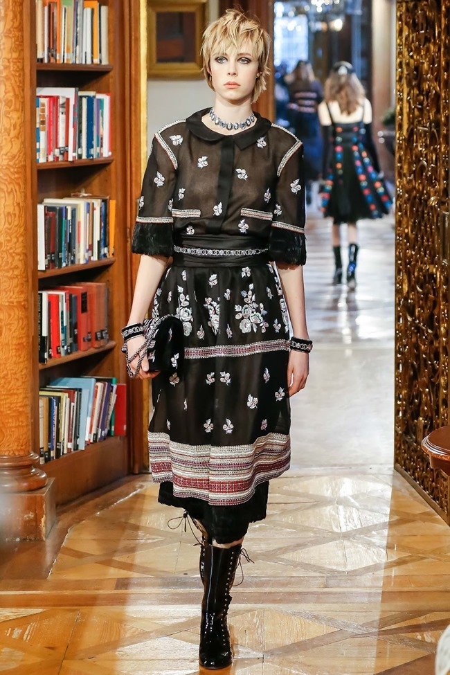 COLLECTION Chanel Pre-Fall 2015. www.imageamplified.com, Image Amplified (71)
