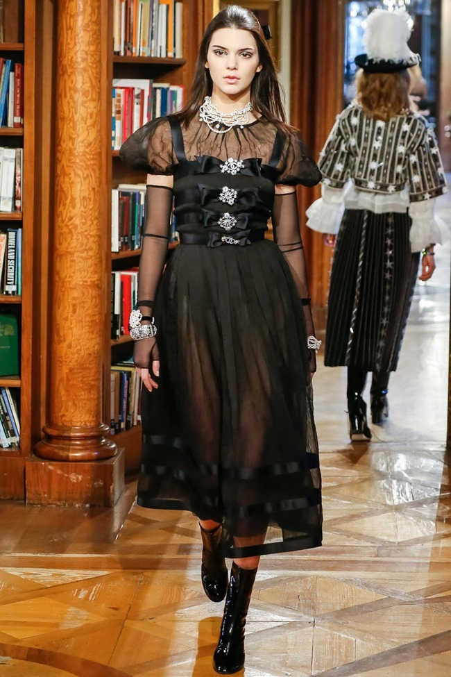 COLLECTION Chanel Pre-Fall 2015. www.imageamplified.com, Image Amplifie d (84)