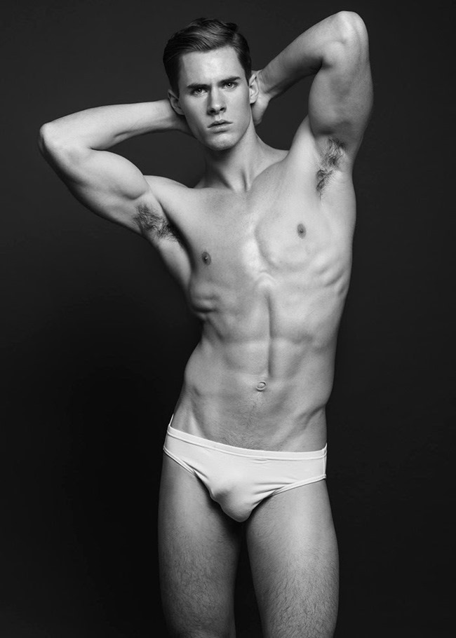 MASCULINE DOSAGE Corey Turner by Wong Sim. Fall 2014, www.imageamplified.com, Image Amplified (4)