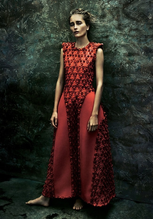 SUNDAY TIMES STYLE Iekeliene Stange by Rory Payne. Lucy Ewing, December 2014, www.imageamplified.com, Image Amplified (3)