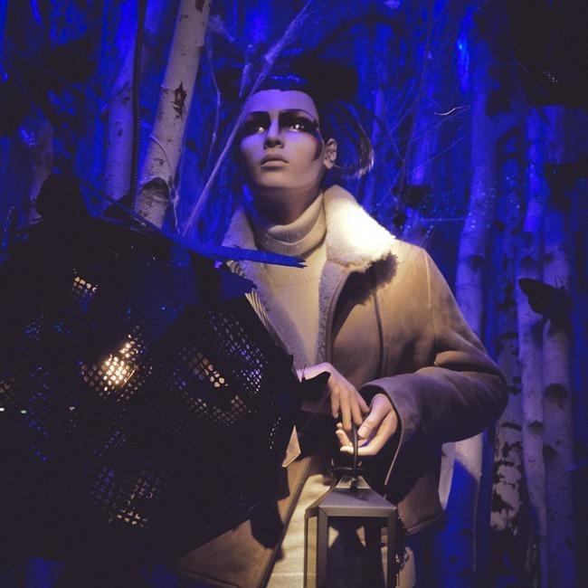 CHRISTMAS IN LONDON Harrods Windows by Troy Wise. Winter 2014, www.imageamplified.com, Image Amplified (57)