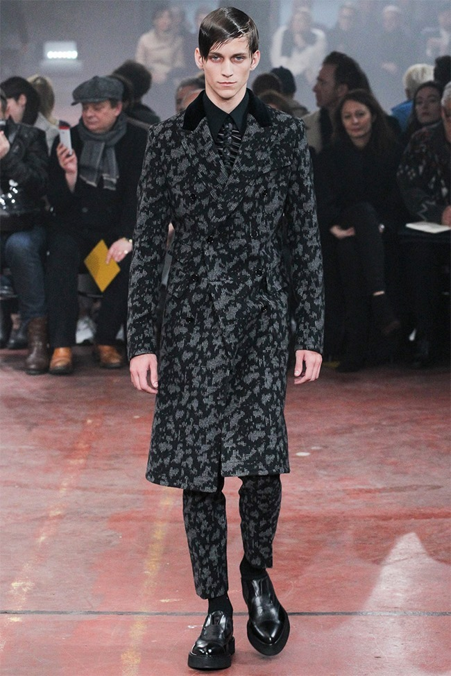 LONDON COLLECTIONS MEN Alexander McQueen Fall 2015. www.imageamplified.com, Image Amplified (3)