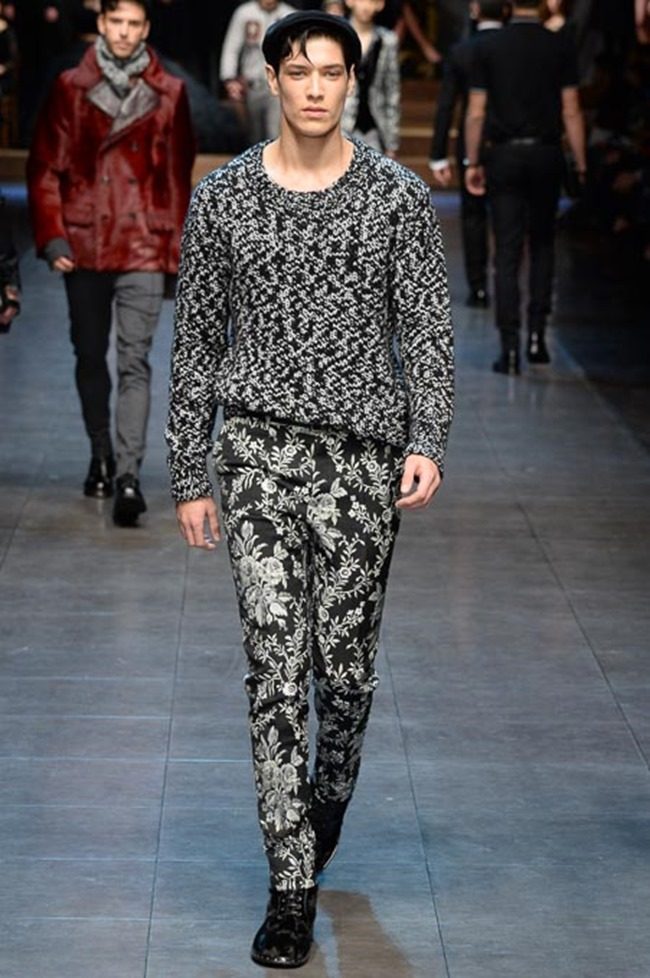 MILAN FASHION WEEK Dolce & Gabbana Fall 2015. www.imageamplified.com, Image Ampl ified (34)
