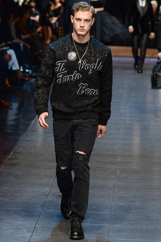MILAN FASHION WEEK Dolce & Gabbana Fall 2015. www.imageamplified.com, Image Amplified (77)