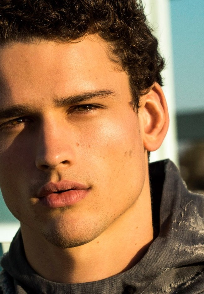 ROLLACOASTER MAGAZINE Simon Nessman by Greg Vaughan. Andrew Davis, Spring 2015, www.imageamplified.com, Image Amplified (9)