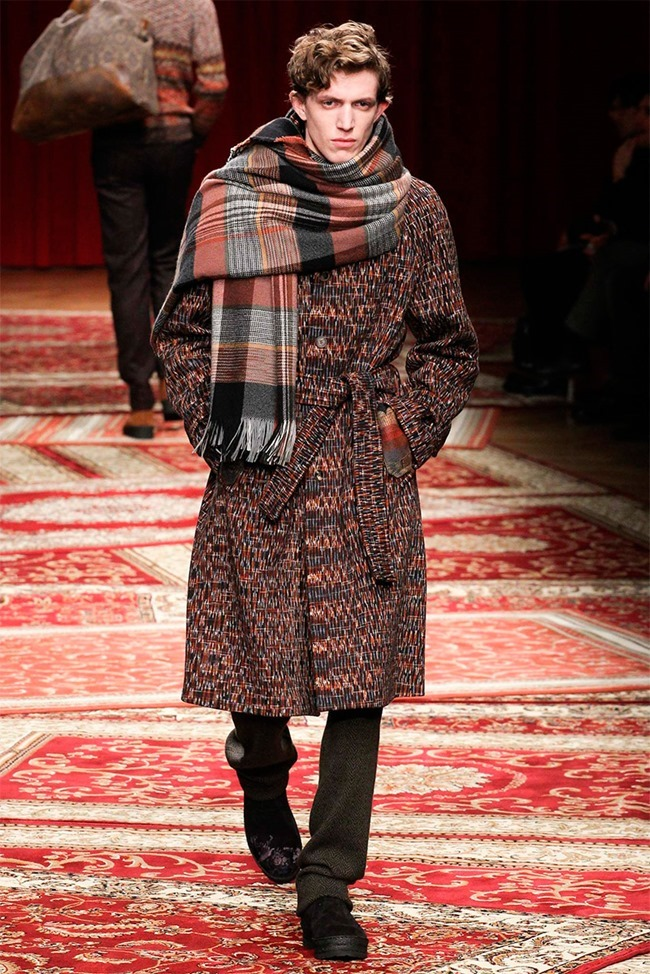 MILAN FASHION WEEK Missoni Fall 2015. www.imageamplified.com, Image Amplified (18)