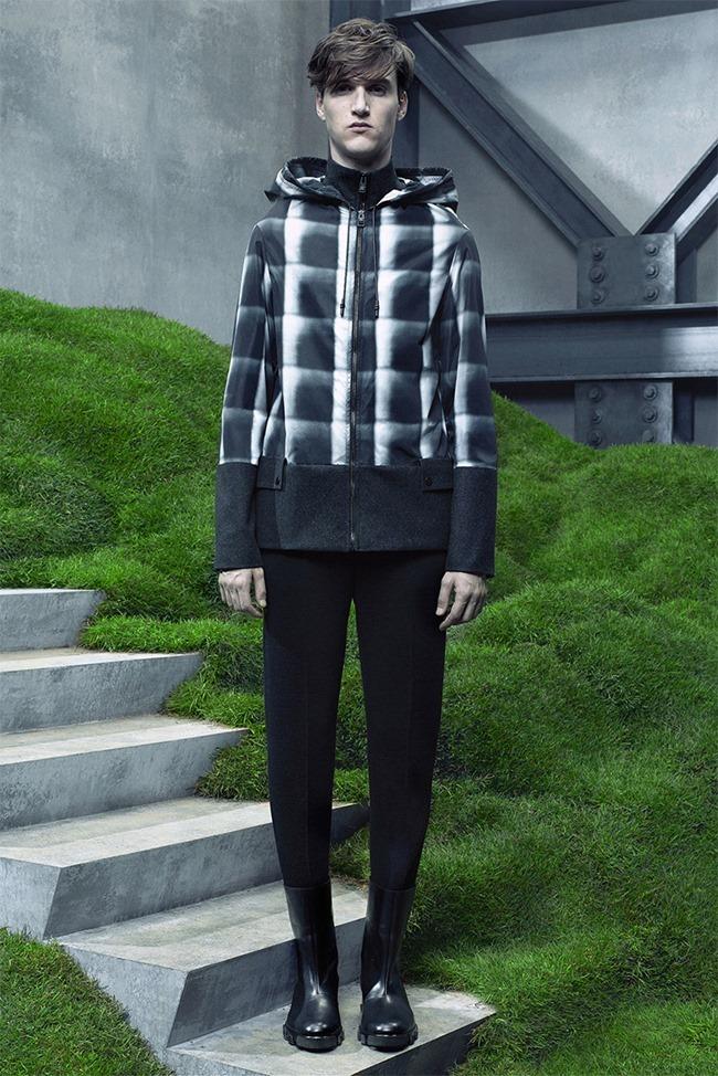 PARIS FASHION WEEK Balenciaga Fall 2015. www.imageamplified.com, Image Amplified (25)