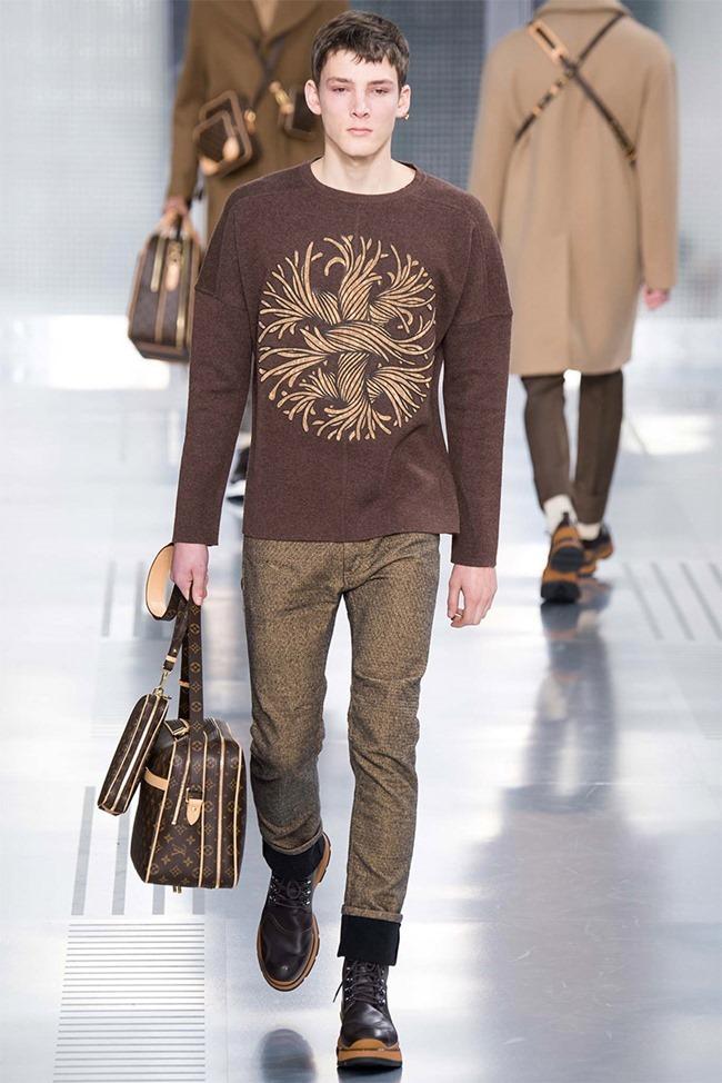 PARIS FASHION WEEK Louis Vuitton Fall 2015. www.imageamplified.com, Image Amplified (9)