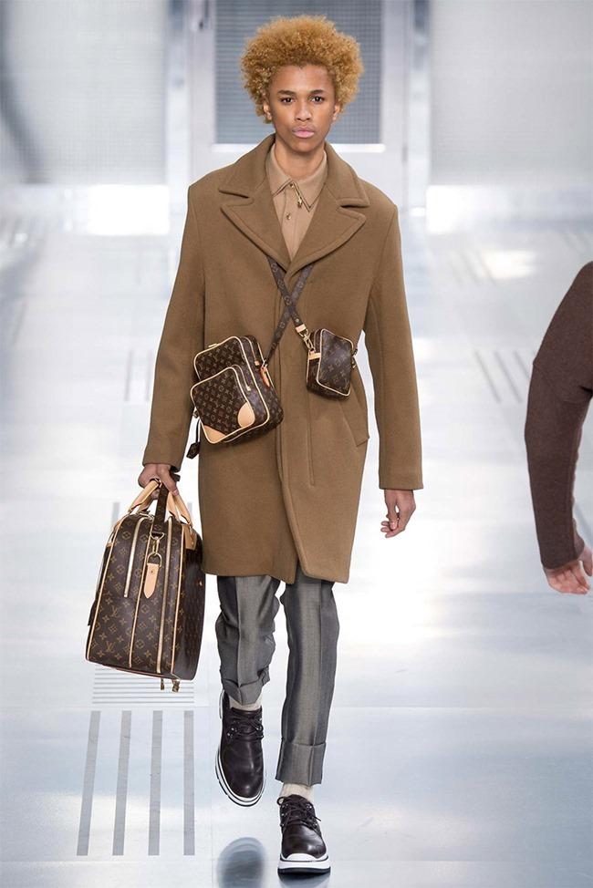 PARIS FASHION WEEK Louis Vuitton Fall 2015. www.imageamplified.com, Image Amplified (10)