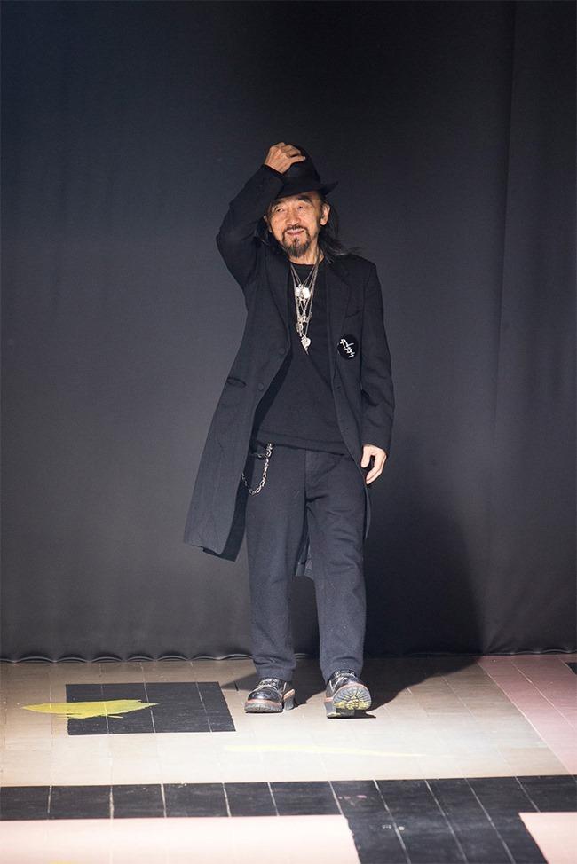 PARIS FASHION WEEK Yohji Yamamoto Fall 2015. www.imageamplified.com, Image Amplified (41)