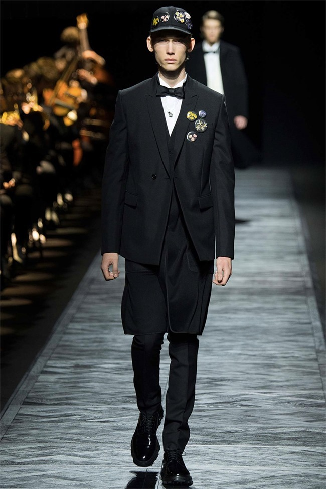 PARIS FASHION WEEK Dior Homme Fall 2015. www.imageamplified.com, Image Amplified (3)