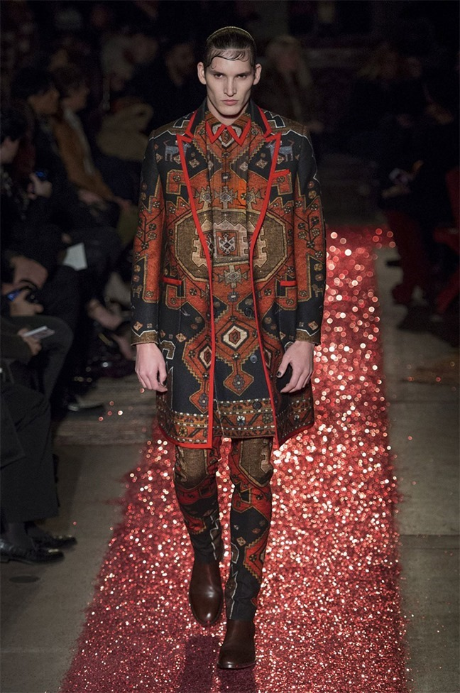 PARIS FASHION WEEK Givenchy Fall 2015. www.imageamplified.com, Image amplified (22)